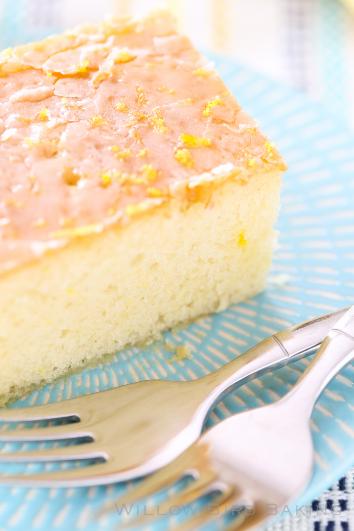 Quick and Easy Iced Lemon Cake