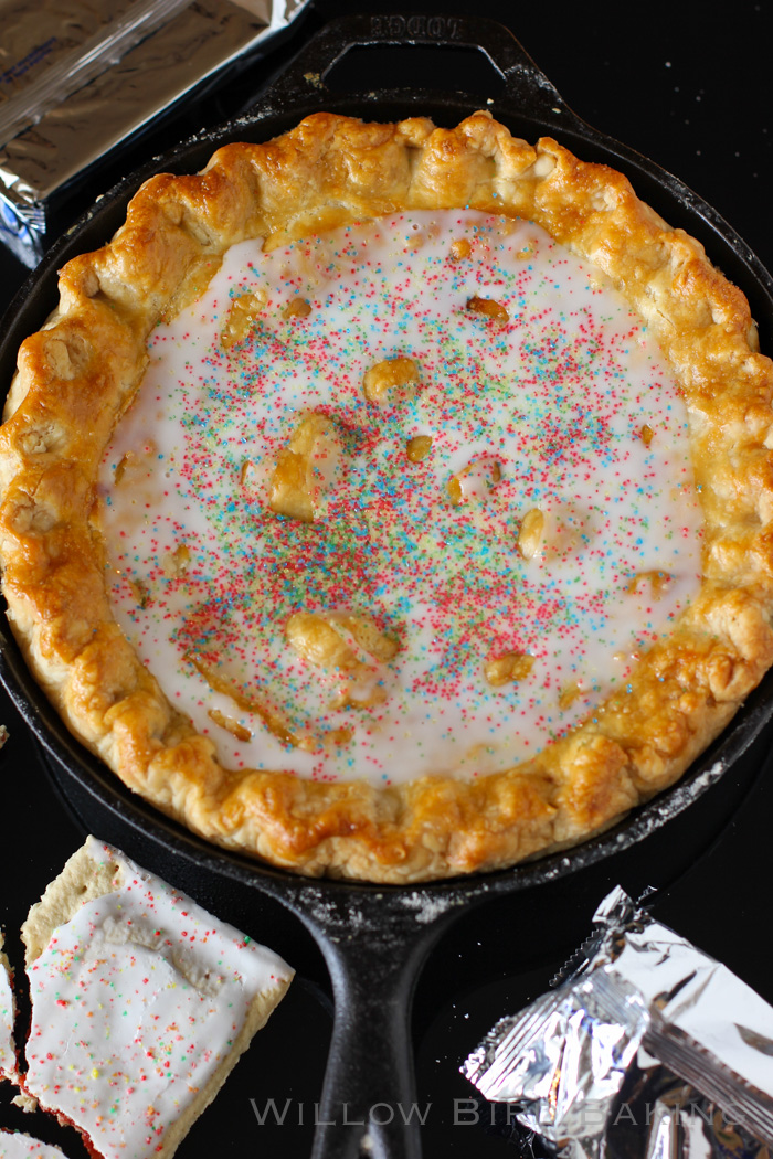 Strawberry Pop-Tart Pie