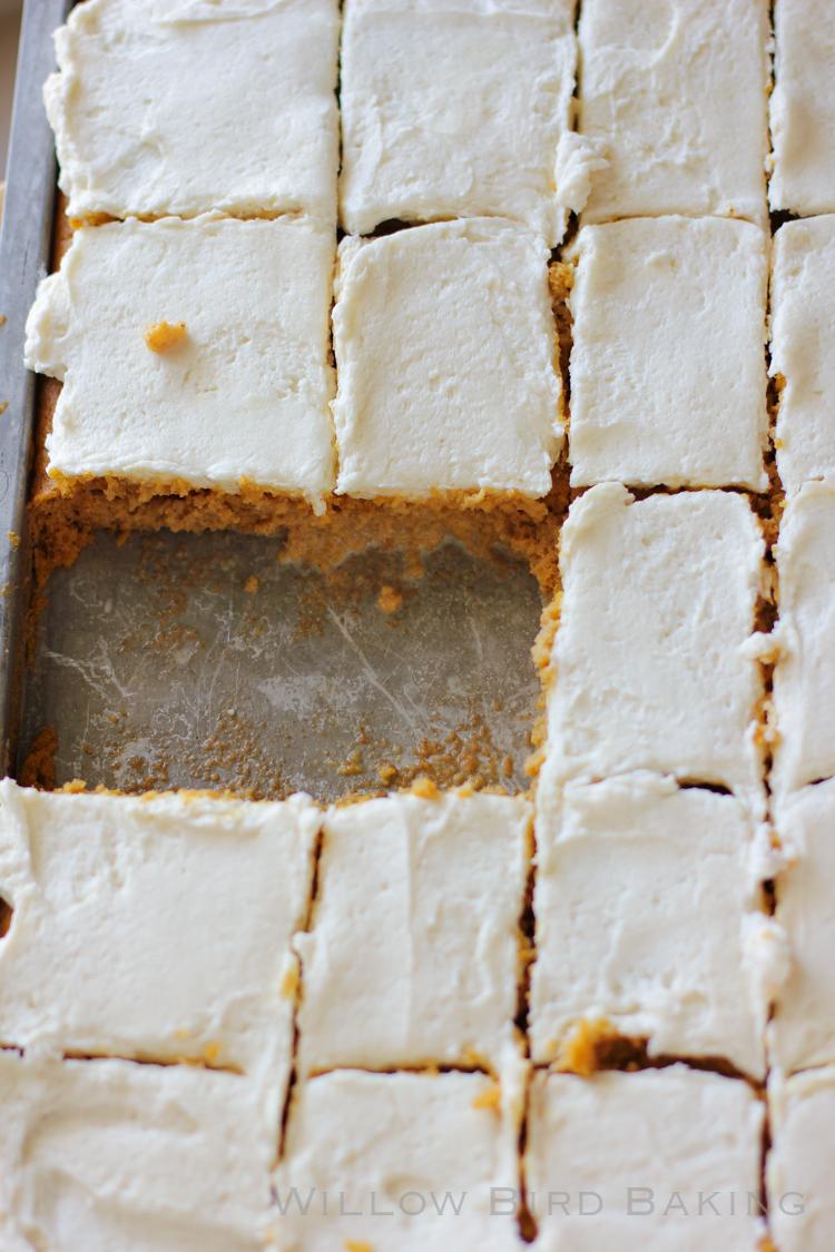 15 Thanksgiving Pumpkin Desserts: PUMPKIN TRES LECHES CAKE