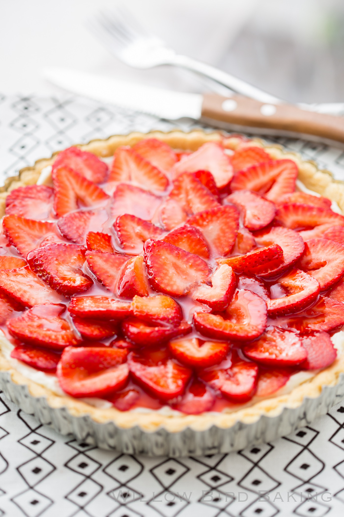 Easy Strawberry Cheesecake Tart
