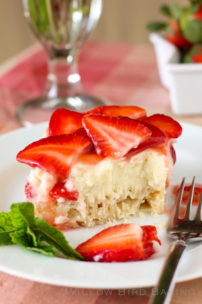 Strawberry Coconut Cream Pie Bars